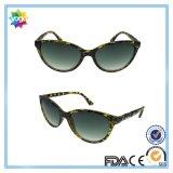Óculos de sol relativos à promoção do plástico da forma do logotipo feito sob encomenda por atacado