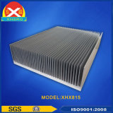 Dissipatore di calore di alluminio personalizzato di profilo con lavorare di CNC