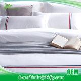 カスタマイズされた綿繻子の寝具は寮のための販売でセットした