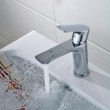 Flg 물동이 꼭지 크롬 갑판에 의하여 거치되는 목욕탕 꼭지