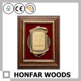高貴な木製の額縁か証明書フレーム