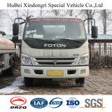 camion-citerne aspirateur d'essence et d'huile d'essence d'essence de l'euro 4 de 5cbm Foton avec le moteur diesel