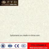 Le mur en céramique d'étage de porcelaine couvre de tuiles les matériaux de construction blancs de Pulati (FP6001)