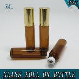5ml de lichtbruine Bal van de Rol van de Fles van het Glas van de Olie van de Cilinder Kosmetische