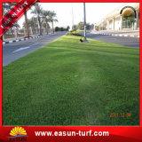 Hierba artificial natural para el jardín e hierba artificial del césped de la alfombra de la hierba