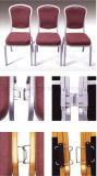 Silla de aluminio con la tarjeta de escritura para la sala de reunión usada (L8190)