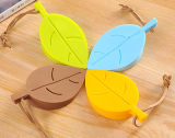 創造的な葉のShapaedの赤ん坊手の安全を保護する防風のシリコーンのドアストッパーウェッジ