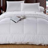 贅沢なポリエステルMicrofiberの白いホテルの寝具の羽毛布団