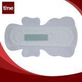 Serviette sanitaire de coton d'hygiène menstruelle superbe de contact doux