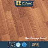 plancher stratifié par vinyle en bois U-Grooved de stratifié de parquet de chêne de noix de 8.3mm E1 AC3