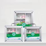 小さい収納箱として使用される金属の救急処置ボックスを壁取付けなさい