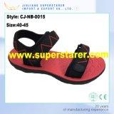 Ultimi sandali degli uomini di EVA delle calzature di stile con la tomaia del tessuto del Velcro