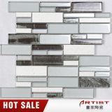 Dekorativer Brown und weiße Küche-Kristallglas-Mosaik-Fliese für Wand