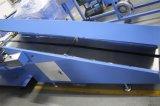 Эластик связывает печатную машину тесьмой с High Speed