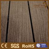 Decking compuesto plástico de madera de la última depresión del diseño de China