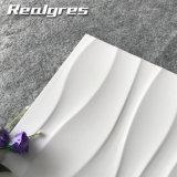 300X600波の極度の白い光沢のある艶をかけられた陶磁器の壁のタイル