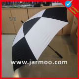 Impresso barato anunciando o guarda-chuva do golfe