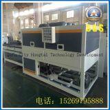 Hongtai 두 배 위치 진공 박판으로 만드는 기계 부속품 제조자