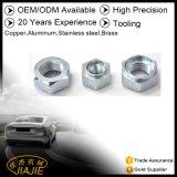 El metal que estampa la máquina del CNC parte la fabricación del bastidor de la forja que procesa la maquinaria