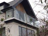 De modieuze en ultra Corrosiebestendige Balustrade van het Glas van het Balkon van het Roestvrij staal
