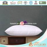 Almohada blanca de la cápsula del ganso tres para la almohadilla del hotel de cinco estrellas
