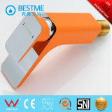 Robinet en laiton de bassin de couleur orange populaire (BM-B10030F)