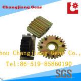 Tre diversi tipi di ingranaggi cilindrici, con il giallo di zinco placcatura finitura nera o chimica