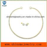 Or de placage d'acier inoxydable de bijou de qualité avec le goujon d'oreille d'allumette de collier de la CZ (ERS6885)