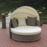 Moderne im Freiengarten-Freizeit-Rattan-Patio-Möbel-liegenbett