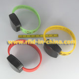 Wristband di frequenza ultraelevata RFID per l'inseguimento del personale