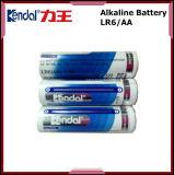 Bateria alcalina Lr6 da manufatura 1.5V AA da bateria de China com folha de alumínio