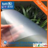 Une feuille transparente de PVC gravée en relief par côté pour l'impression