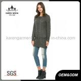 De lang Warme Geribbelde Sweater van de Uniformjas voor Mindere