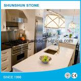 Белый Countertop кухни камня кварца для домашней мебели