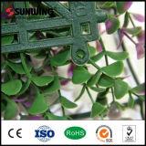 低価格PVCプラスチック人工的な紫色の葉のツルの塀のパネル