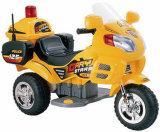 Giro popolare dei capretti sul motociclo nuovo