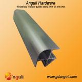 Skirting、Aluminium Foil Plastic Cornerのための90度PVC Corner