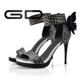 Ботинки сандалий высокой пятки с задним типом змейки смычка обувают ботинки пряжки