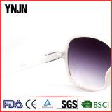 Солнечные очки выдвиженческих повелительниц Ynjn сверхразмерные белые