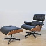 Cadeira de couro moderna branca de Eames da sala de visitas
