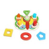 Brinquedo de madeira do enigma da forma da borboleta para miúdos e crianças