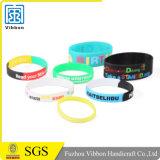 Debossed personalizzato o stampato il vostro Wristband del silicone di marchio
