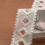 熱い販売は最も遅く衣服の底装飾のために染まることを用いるレーヨン刺繍のレースのトリムを開発する