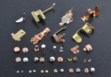 Frammenti di proiettile del metallo utilizzati normalmente per la continuazione e la commutazione
