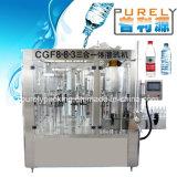 Machine de remplissage de petite capacité de jus de bouteille d'animal familier