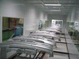 Ручная опрятная и аккуратная красильная мастерская для частей автомобиля