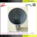 広く使われたアルミニウムはダイカストLEDの照明ランプハウジングの部品を