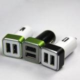 2017 iPhone/Samung/PSP/GPS/Tabletのパソコンのための二重USBポートを持つ最も熱く多彩なデザイン車の充電器