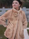 毛皮のトリミングを持つ女性の方法毛皮のコートOEM