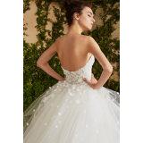 2017 Spitze-Blumen-Tulle-trägerloses Ballkleid-Hochzeits-Kleid (Dream-100064)
